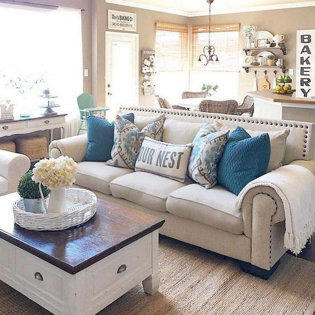 Inspiring Beachy Farmhouse Living Room Decor Ideas 32