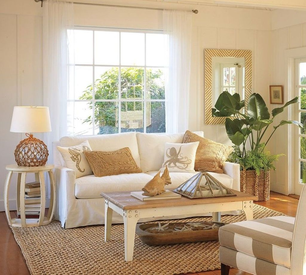 Inspiring Beachy Farmhouse Living Room Decor Ideas 33