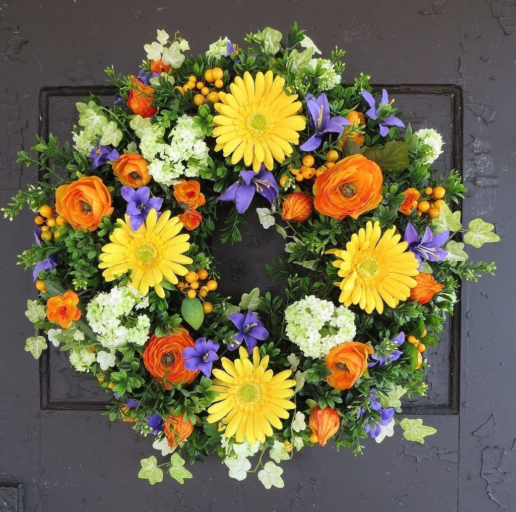 Inspiring Spring Door Wreaths For Your Home Decoration 01
