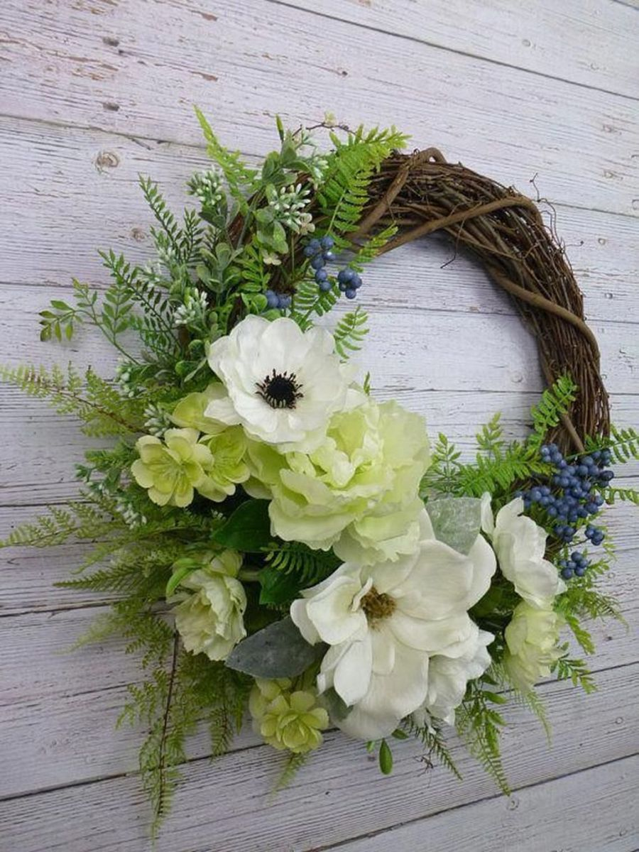 Inspiring Spring Door Wreaths For Your Home Decoration 04