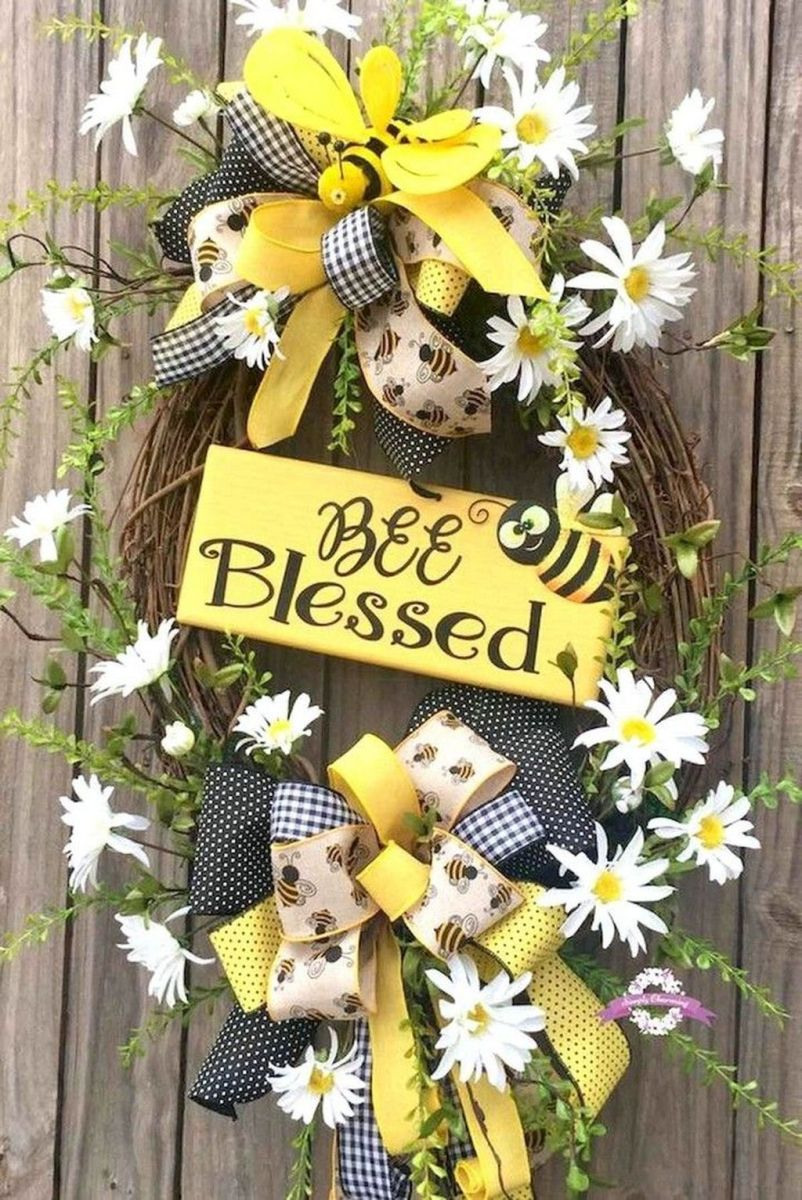 Inspiring Spring Door Wreaths For Your Home Decoration 18