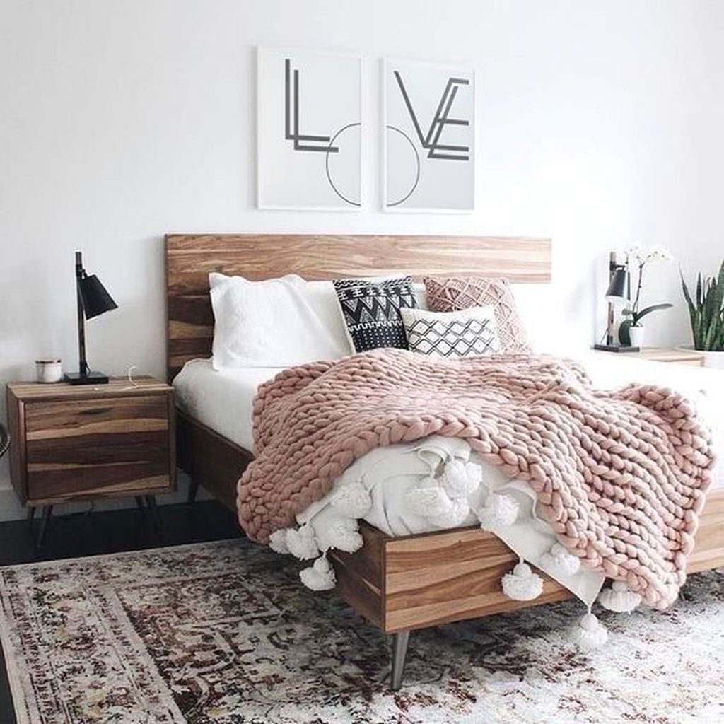 Lovely Simple Bedroom Decor Ideas That You Should Try 11