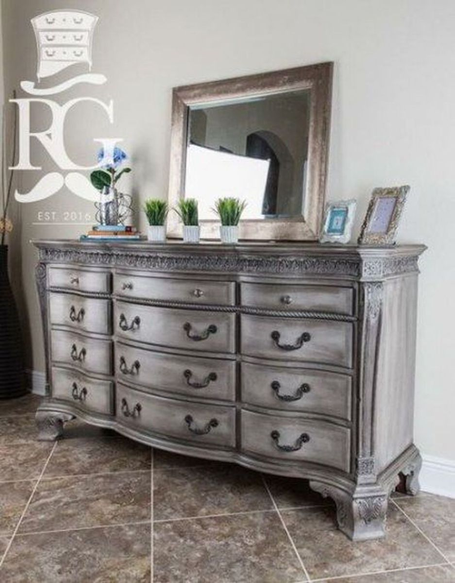 Popular Distressed Furniture Ideas To Get A Vintage Accent 09