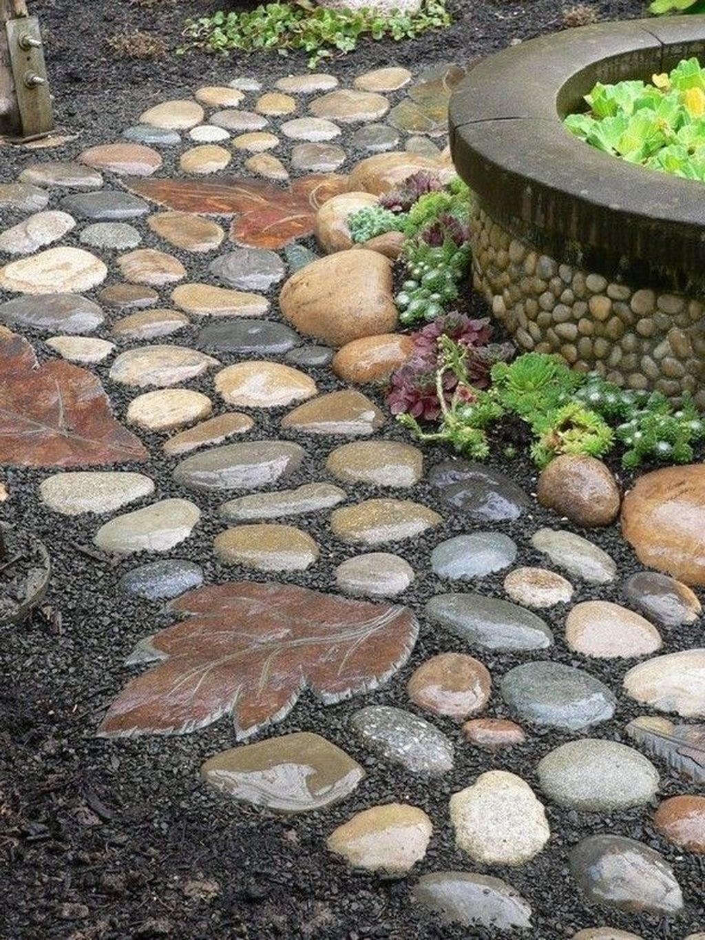 Stunning Stepping Stones Pathway Design Ideas 02
