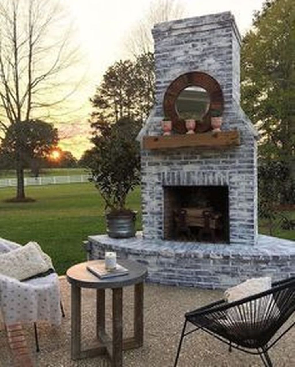 The Best Backyard Fireplace Design Ideas You Must Have 19
