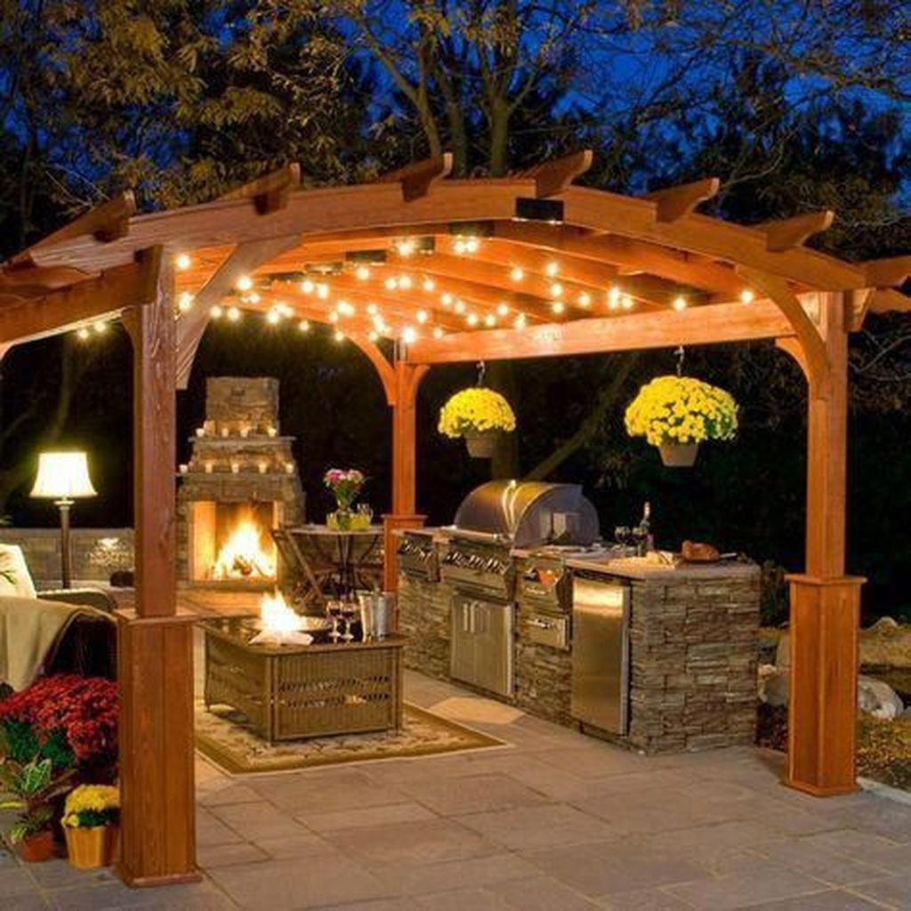 Admirable Cozy Patio Design Ideas To Relaxing On A Sunny Day 05