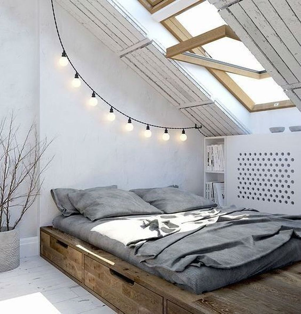 Awesome Attic Bedroom Decorating Ideas You Will Love 04