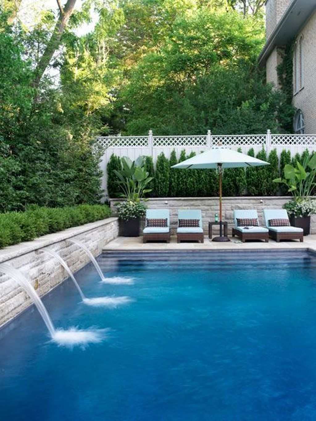 Fabulous Backyard Pool Landscaping Ideas You Never Seen Before 07