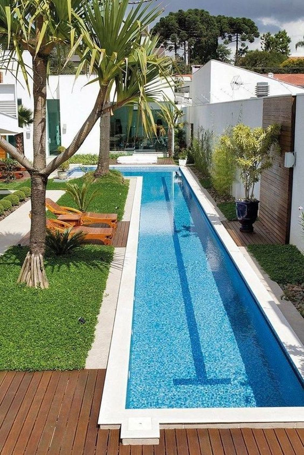 Fabulous Backyard Pool Landscaping Ideas You Never Seen Before 18