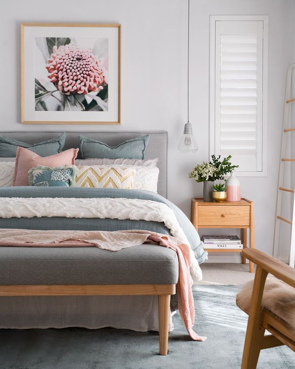 Lovely Spring Bedroom Decor Ideas Trending This Year 16