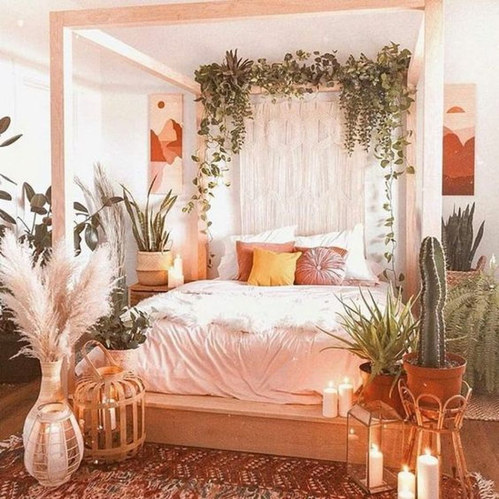 Lovely Spring Bedroom Decor Ideas Trending This Year 21