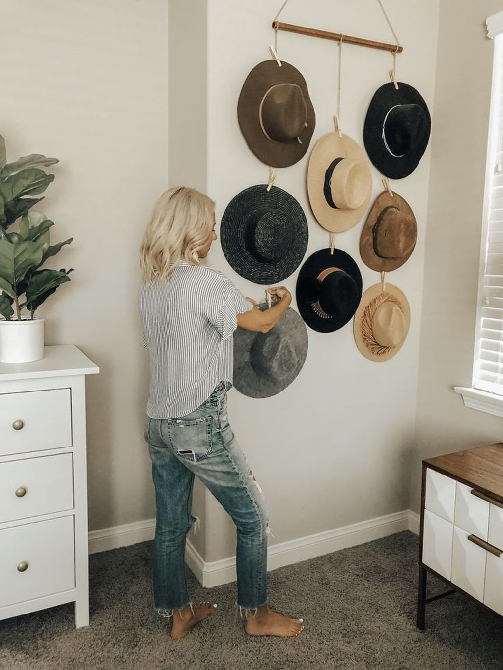 Popular DIY Wall Decor Ideas Easy To Copy 15