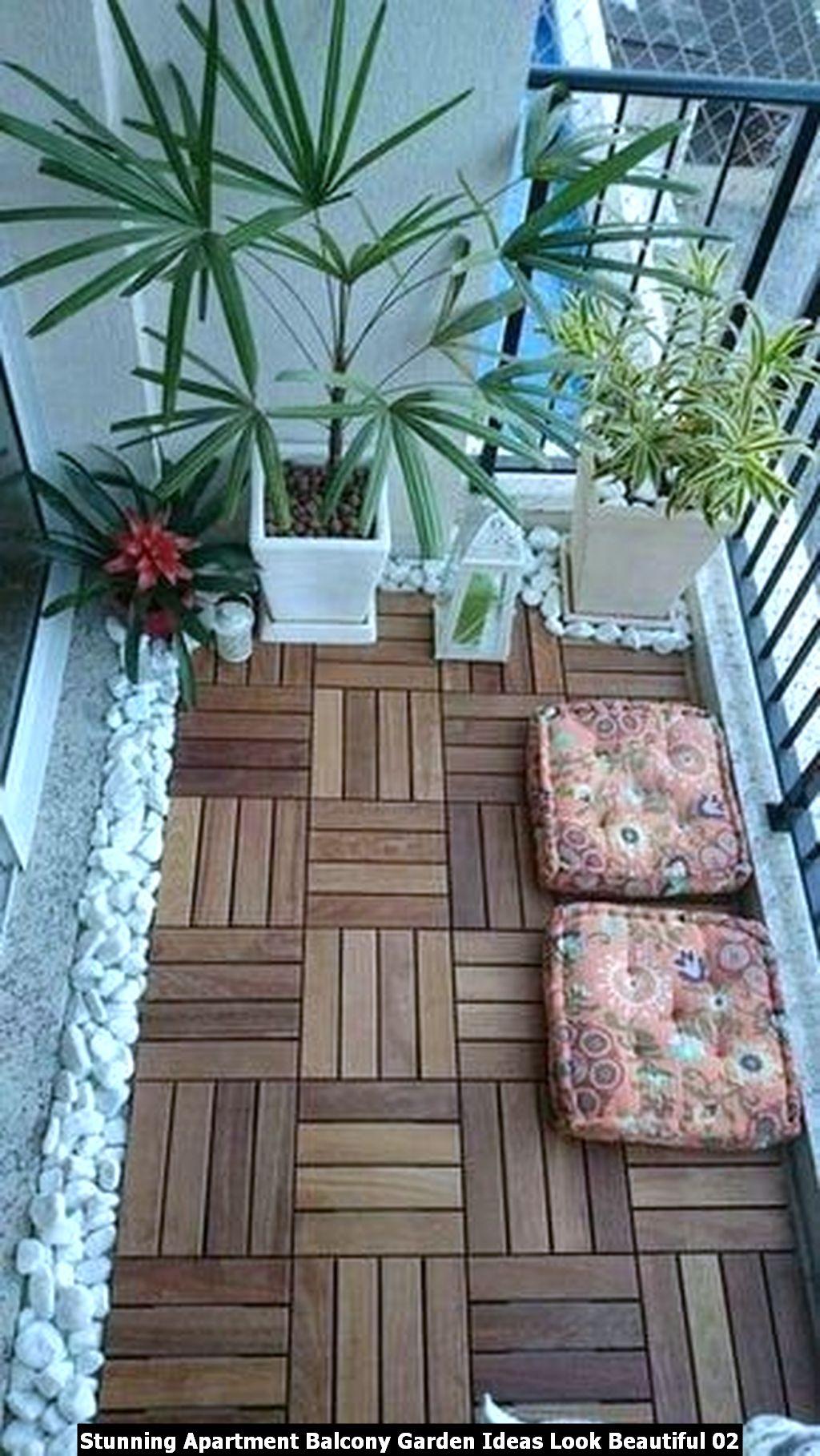 Stunning Apartment Balcony Garden Ideas Look Beautiful 02