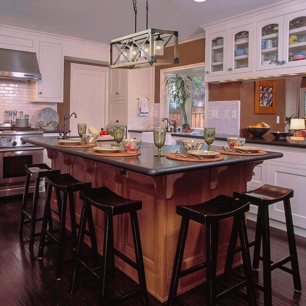 Stunning Farmhouse Kitchen Island Design Ideas 05