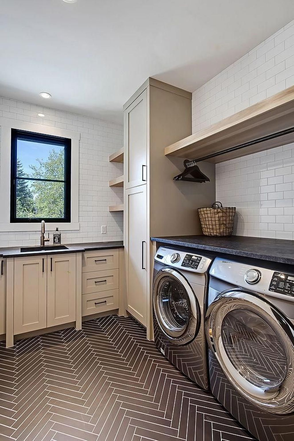 The Best Laundry Room Design Ideas You Must Have 20