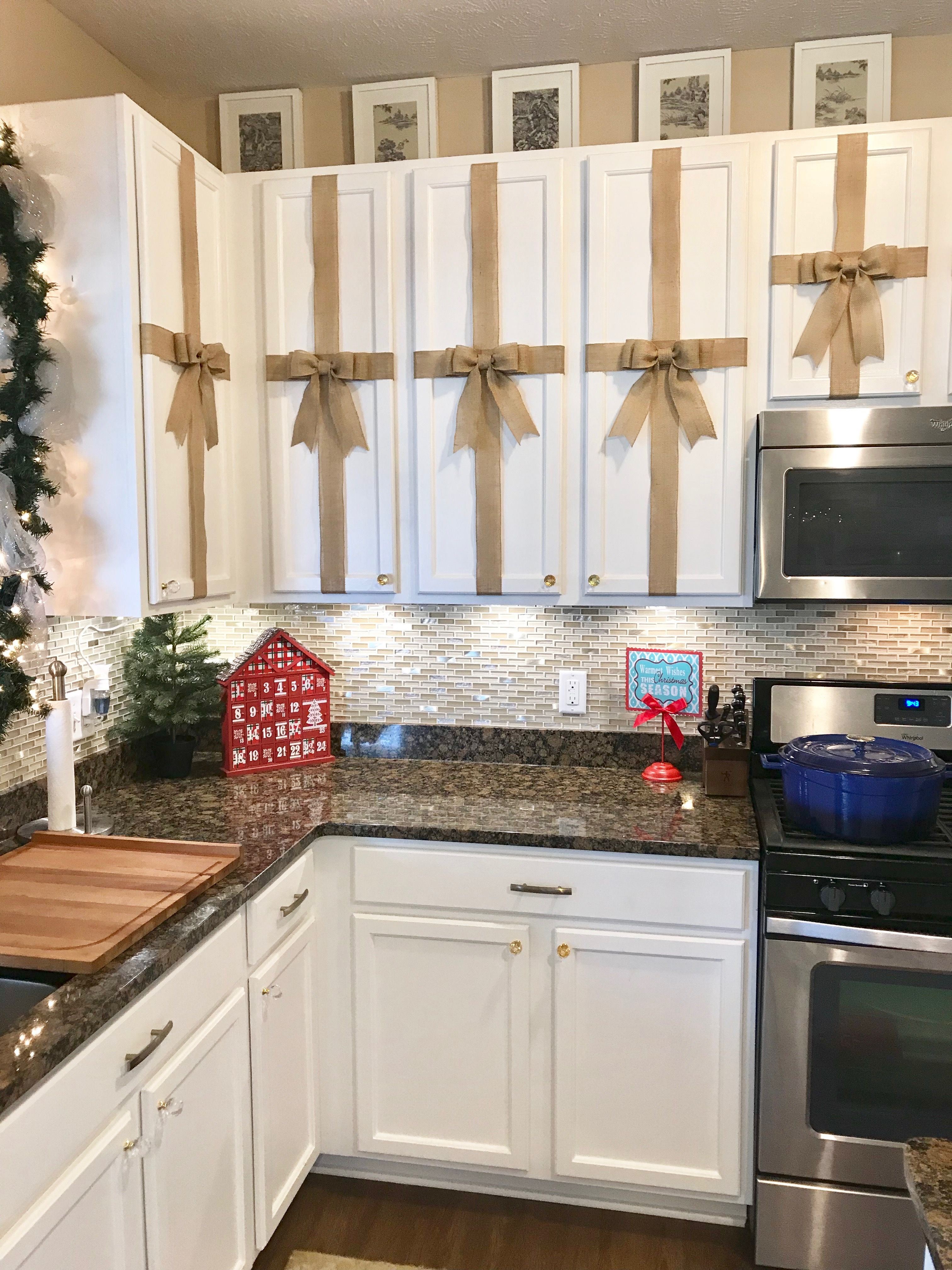 Christmas Decorating Kitchen Cabinets