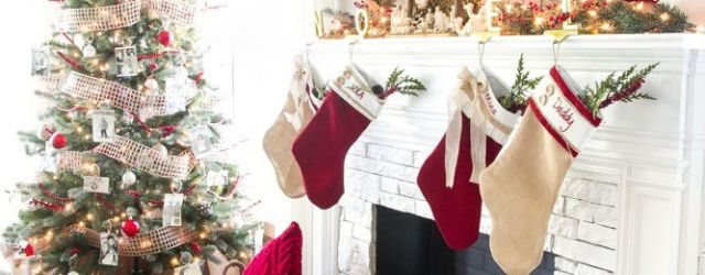 Living Room Cozy Christmas Decorations