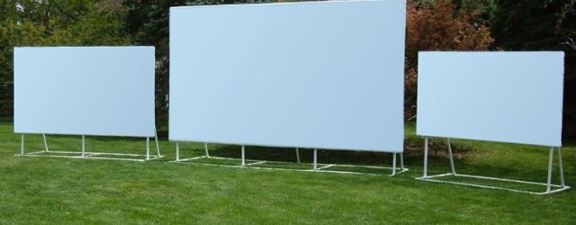 Outdoor Movie Projector Screen