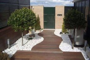 Beautiful Garden Landscaping Design Ideas 68