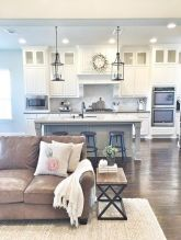 Comfortable Farmhouse Style Design Interior 56