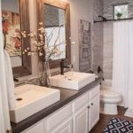 Rustic farmhouse style bathroom design ideas 10