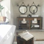 Rustic farmhouse style bathroom design ideas 39