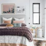 Simple and Comfortable Bedroom Design Ideas 34