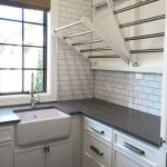 Inspiring Laundry Room Design Ideas 21