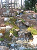 Make a mini waterfall in the garden 2