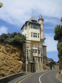 Cliff House Architecture Design and Concept 51