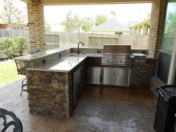 Awesome Yard and Outdoor Kitchen Design Ideas 20