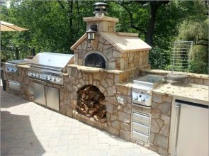 Awesome Yard and Outdoor Kitchen Design Ideas 33