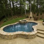 Awesome Small Pool Design for Home Backyard 37