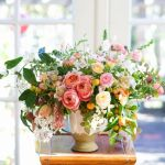 100 Beauty Spring Flowers Arrangements Centerpieces Ideas 10