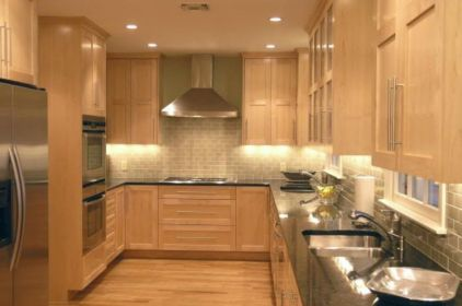 Elegant Kitchen Light Cabinets with Dark Countertops 44