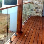 50 Incredible Glass Railing Design for Home Blacony 16