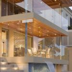 50 Incredible Glass Railing Design for Home Blacony 37
