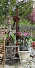 50 Rustic Backyard Garden Decorations 13