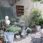 50 Rustic Backyard Garden Decorations 18