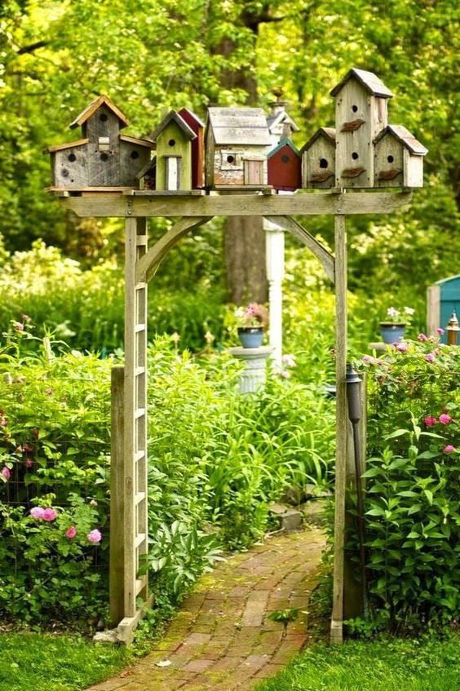 50 Rustic Backyard Garden Decorations 1