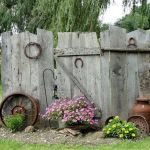 50 Rustic Backyard Garden Decorations 43