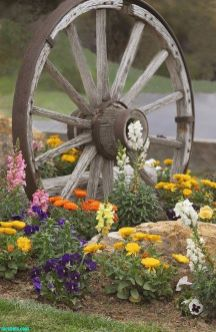50 Rustic Backyard Garden Decorations 52