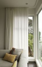 Beauty and Elegant White Curtain for Bedroom and Living Room 40