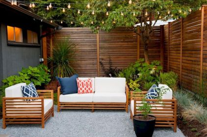 Cool Privacy Fence Wooden Design for Backyard 34