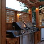 Cool Privacy Fence Wooden Design for Backyard 40