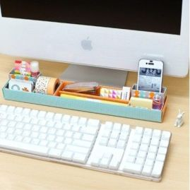 Inspiring Simple Work Desk Decorations and Setup 13