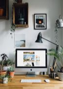 Inspiring Simple Work Desk Decorations and Setup 26