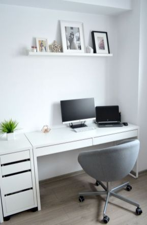 Inspiring Simple Work Desk Decorations and Setup 74