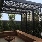 Stunning Privacy Screen Design for Your Home 13