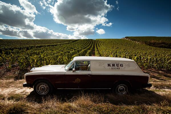Krug Rolls Royce Wagon with grapes